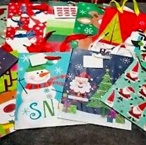 Other - 12 gift bag lot